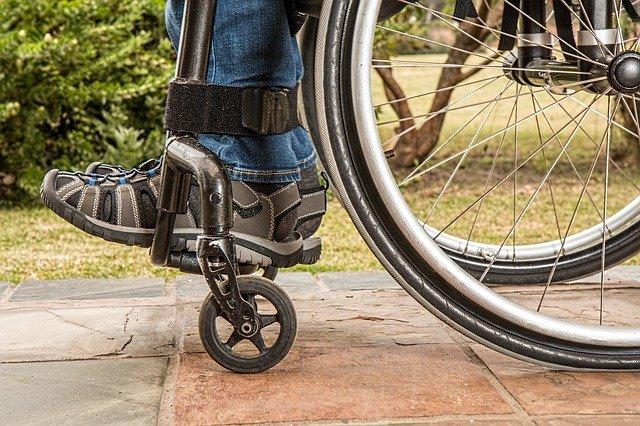 nohy invalidy.jpg