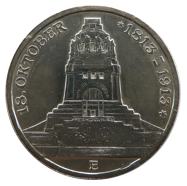 stříbrná mince, detail